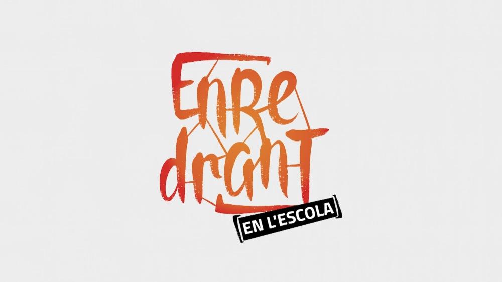 ENREDRANT_EN_L'ESCOLA